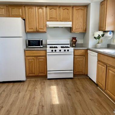 Roselle 3b kitchen